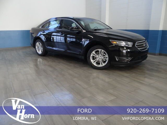 2018 Ford Taurus SEL Plymouth WI