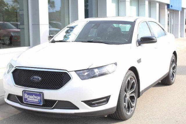 2018 Ford Taurus SHO Green Bay WI