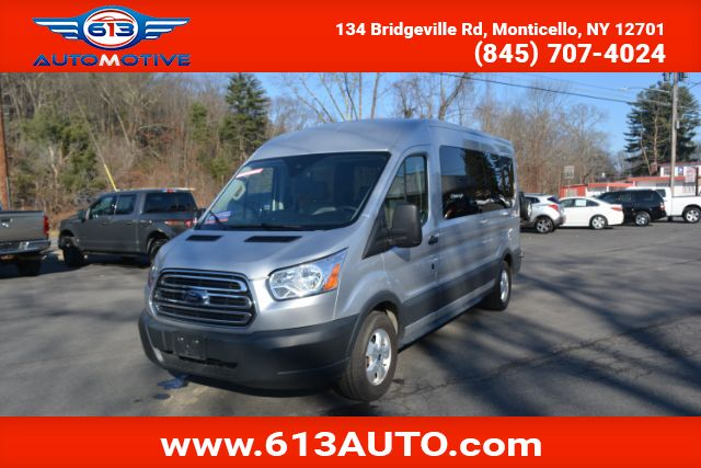 2018 Ford Transit 350 Wagon Med. Roof XLT w/Sliding Pass. 148-in. WB Ulster County NY