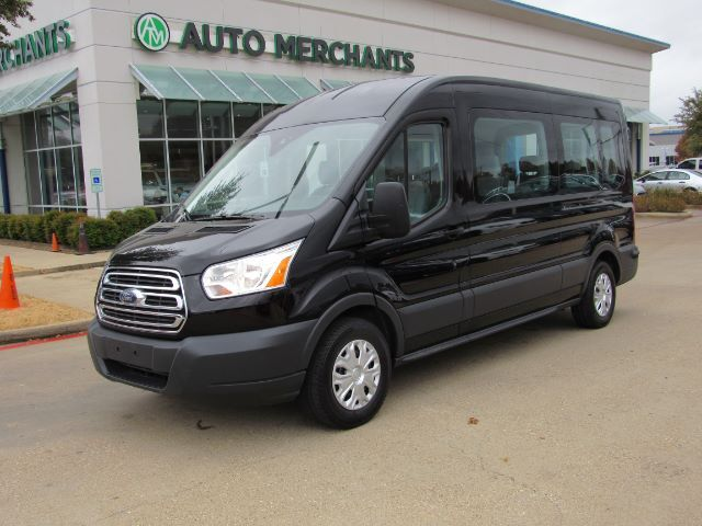 2018 Ford Transit 350 Wagon Med. Roof XLT w/Sliding Pass. 148-in. WB Plano TX