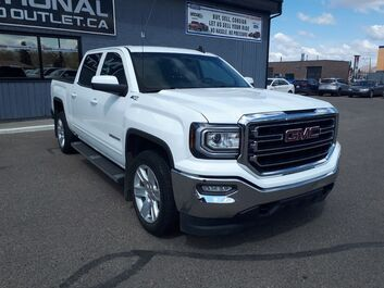 GMC Sierra 1500 SLE - APPLE/ANDROID CAR PLAY - 6 SEATS- HEATED CLOTH Lethbridge AB