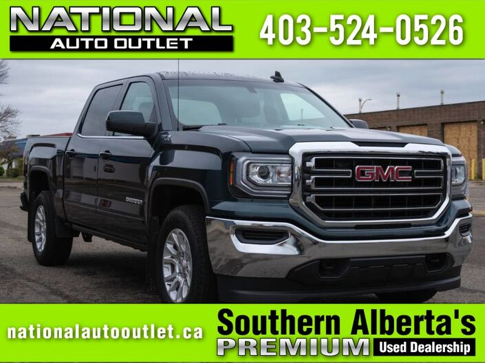 2018 GMC Sierra 1500 SLE - APPLE/ANDROID CAR PLAY -HEATED CLOTH - CENTER CONSOLE Lethbridge AB