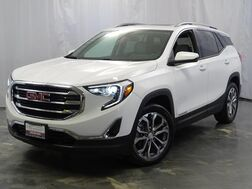 2018_GMC_Terrain_SLT / 2.0L 4-Cyl Engine / AWD / Dual Exhaust / Skyscape Sunroof / Preferred Package / Touch Screen Navigation / BOSE Premium Sound System / Driver Alert Package / Bluetooth / Back Up Camera_ Addison IL