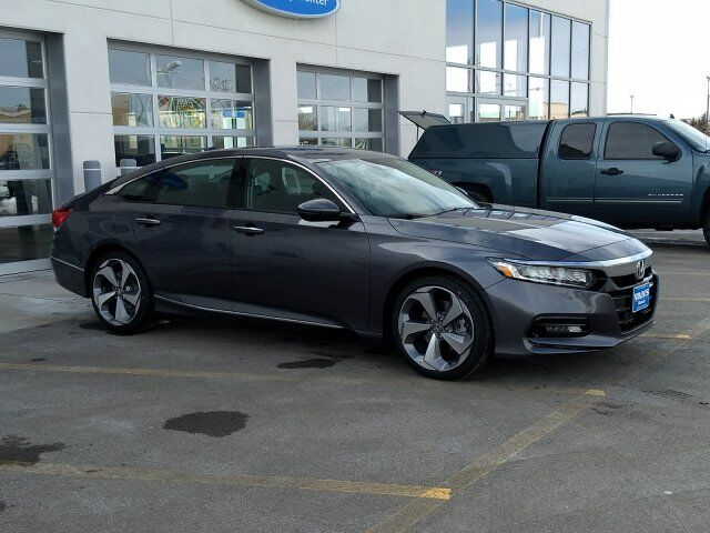 2018 honda accord sedan touring 2 0t green bay wi 23033931. Black Bedroom Furniture Sets. Home Design Ideas