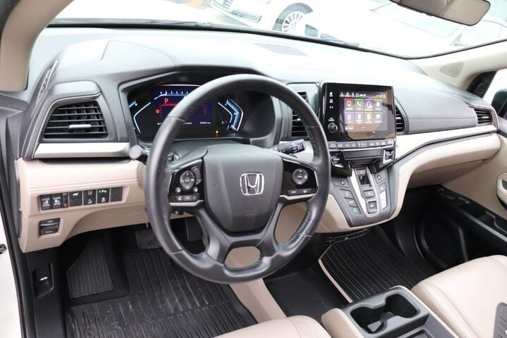 2018 Honda Odyssey Touring,1 OWNER,10 SERVICE RECORDS,LOADED! Houston TX