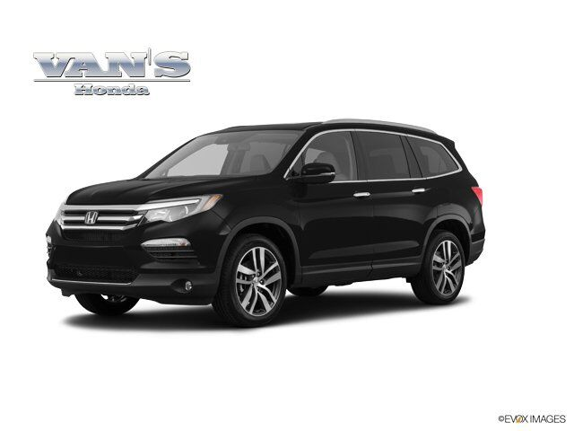 2018 Honda Pilot Touring AWD Green Bay WI