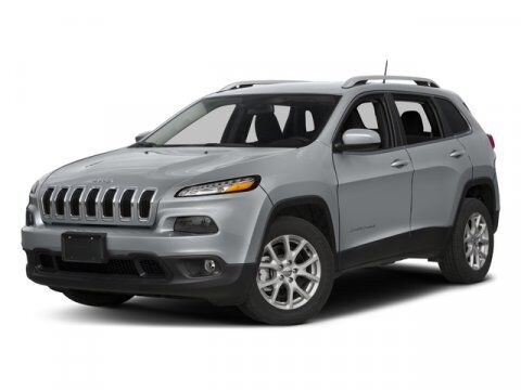 2018 Jeep Cherokee Latitude Plus Freeport NY
