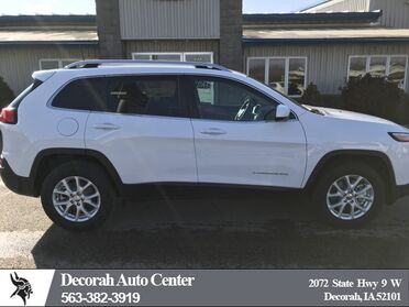 2018_Jeep_Cherokee_Latitude_ Decorah IA
