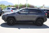2018 Jeep Cherokee Trailhawk Bluetooth,Heated seats,Sunroof.
