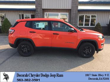 2018_Jeep_Compass_4d SUV 4WD Sport_ Decorah IA