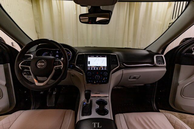 2018 Jeep Grand Cherokee 4x4 Summit Leather Roof Nav BCam Red Deer AB