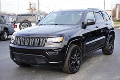 2018_Jeep_Grand Cherokee_Altitude_ Fort Wayne Auburn and Kendallville IN