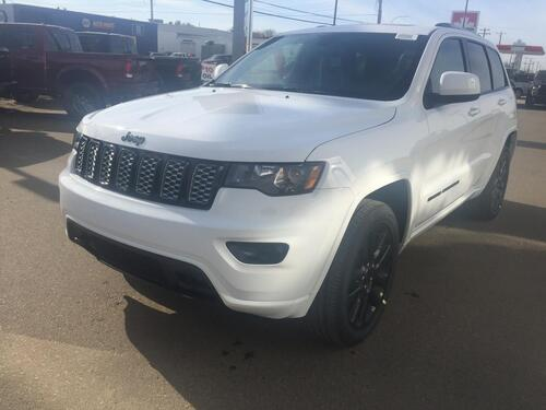 2018_Jeep_Grand Cherokee_Altitude IV_ Redwater AB