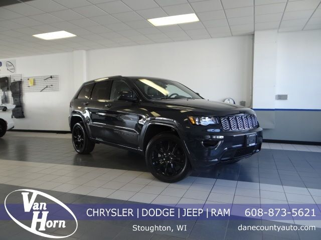 2018 Jeep Grand Cherokee Altitude Plymouth WI