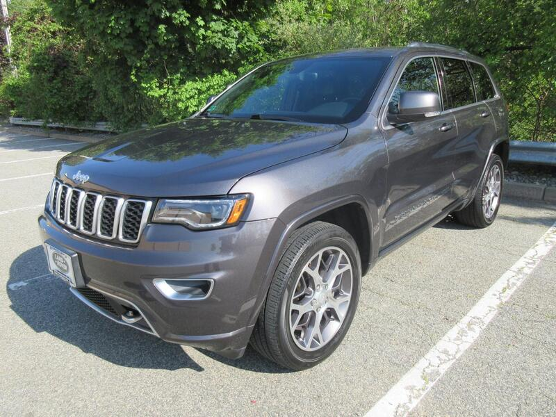 2018_Jeep_Grand Cherokee_Limited_ Warwick RI