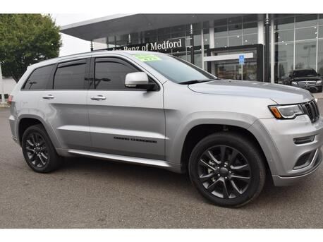 2018_Jeep_Grand Cherokee_Overland_ Medford OR