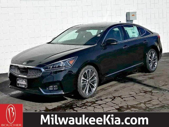 2018 Kia Cadenza Technology Milwaukee WI
