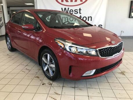 2018_Kia_Forte_EX FWD 2.0L *HEATED STEERING WHEEL/LEATHER WRAPPED STEERING WHEEL & SHIFT KNOB/SMART TRUNK RELEASE*_ Edmonton AB