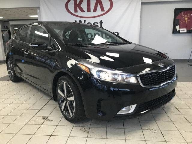 2018 Kia Forte EX FWD 2.0L *HEATED STEERING WHEEL/LEATHER WRAPPED STEERING WHEEL & SHIFT KNOB/SMART TRUNK RELEASE* Edmonton AB