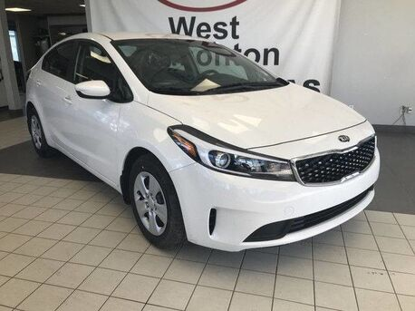 2018_Kia_Forte_LX FWD 2.0L *BLUETOOTH/AM/FM/CD/MP3/SATELLITE STEREO/HEIGHT ADJUSTING DRIVER SEAT*_ Edmonton AB