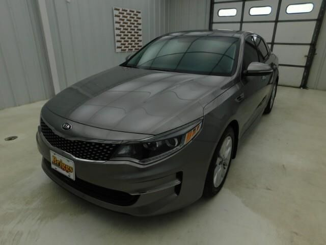 2018 Kia Optima EX Auto Manhattan KS