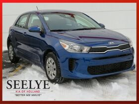 2018_Kia_Rio 5-door_S_ Holland MI