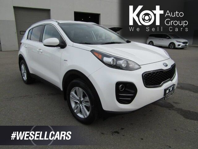 2018 Kia SPORTAGE LX! AWD! BRAND NEW TIRES! LOW KMS! BACK UP CAM! BLUETOOTH! HEATED SEATS! NO ACCIDENTS! LOCAL UNIT! Kelowna BC
