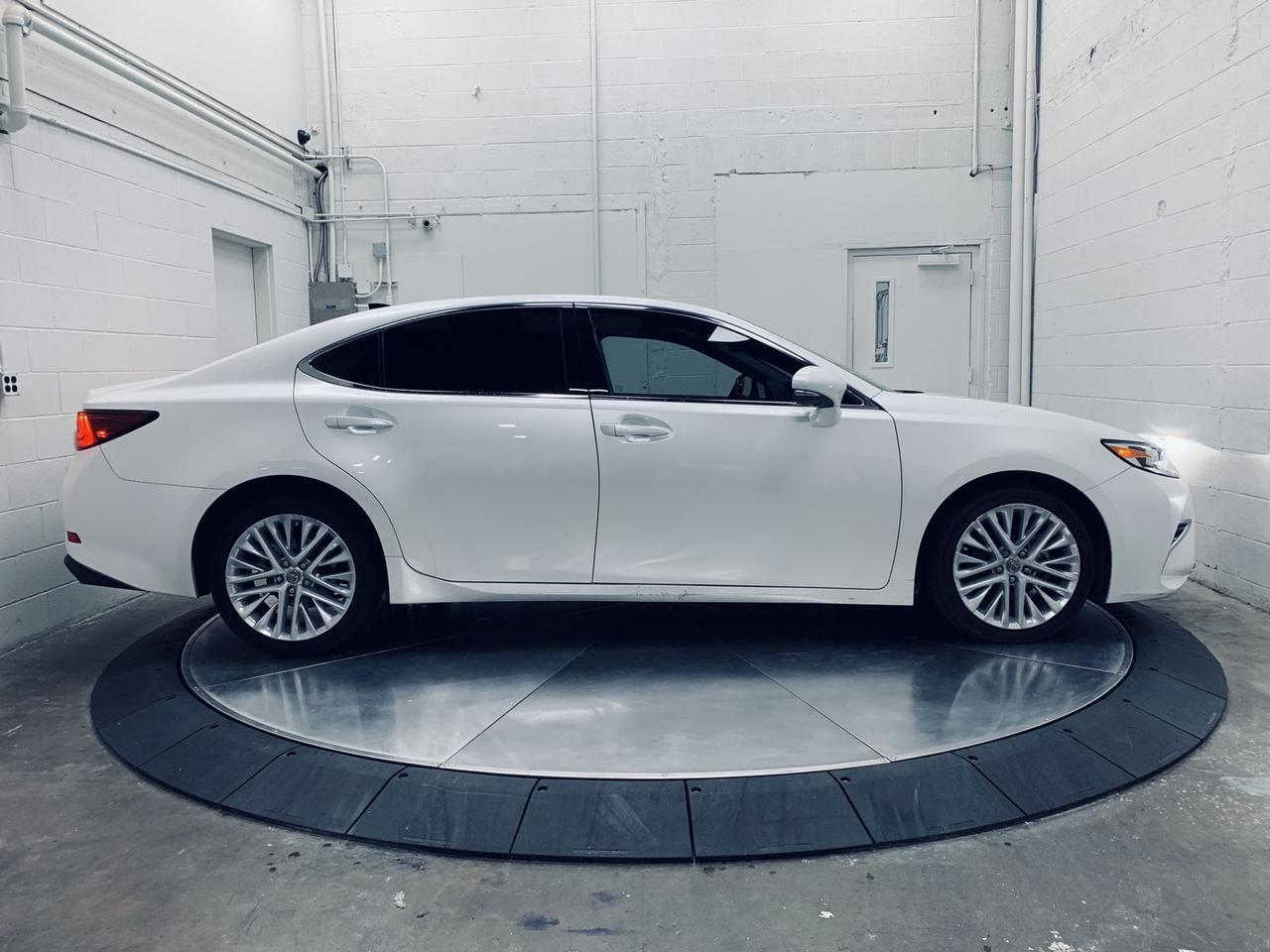 2018 Lexus ES 350 Blind Spot Assist Heated/Ventilated Seats Panoramic Portland OR