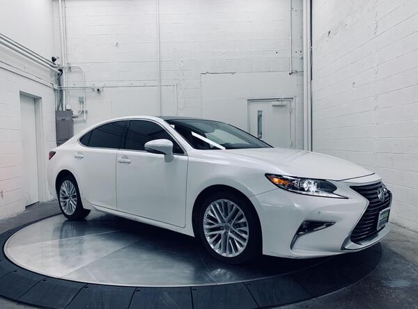 2018_Lexus_ES 350_Blind Spot Assist Heated/Ventilated Seats Panoramic_ Salem OR