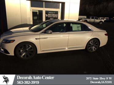 2018_Lincoln_Continental_Reserve_ Decorah IA