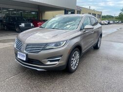 2018_Lincoln_MKC_Reserve_ Cleveland OH