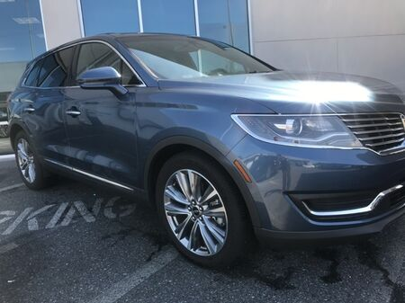 2018_Lincoln_MKX_Reserve AWD ** NAVI & PANORAMIC ROOF ** 1 OWNER **_ Salisbury MD