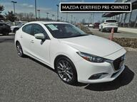 2018 MAZDA MAZDA3 4-Door Touring - Leatherette - Moonroof - BOSE - 15056 MI Maple Shade NJ