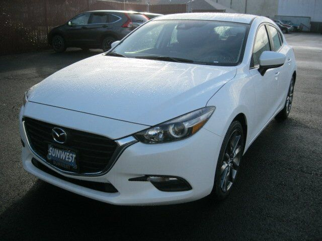 2018 Mazda Mazda3 5-Door Touring Newport OR