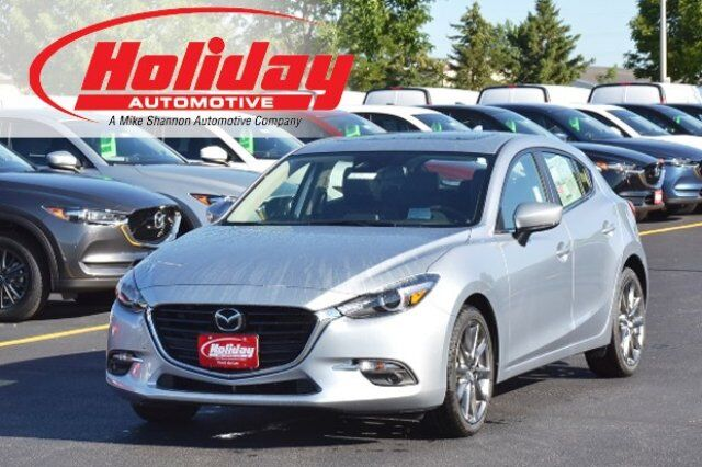 vehicle details 2018 mazda mazda3 at holiday automotive fond du lac holiday automotive. Black Bedroom Furniture Sets. Home Design Ideas