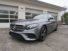 2018_Mercedes-Benz_E_300 4MATIC® Sedan_ Greenland NH