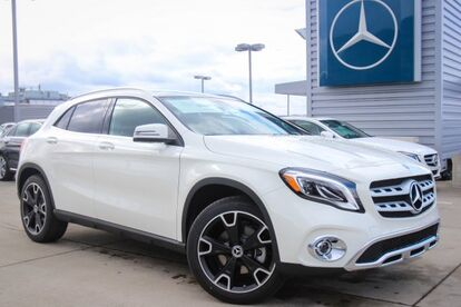 2018_Mercedes-Benz_GLA_250 4MATIC® SUV_ Seattle WA