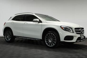 2018_Mercedes-Benz_GLA_GLA 250 Sport AMG 19 Lighting Blind Spot Pano Roof_ Houston TX