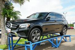 2018_Mercedes-Benz_GLC_GLC 300_  TX