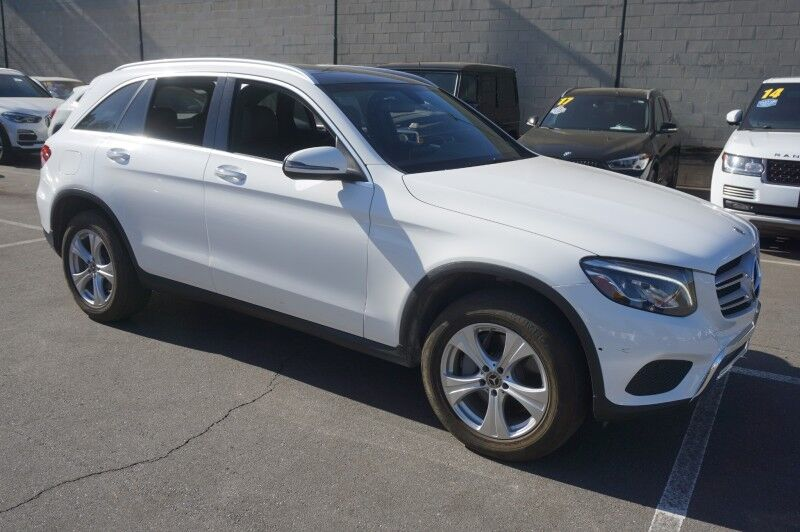 2018 Mercedes-Benz GLC GLC 300 4MATIC (12/17) PANORAMA ROOF / P01 / LED HEADLIGHTS/18' Monterey Park CA