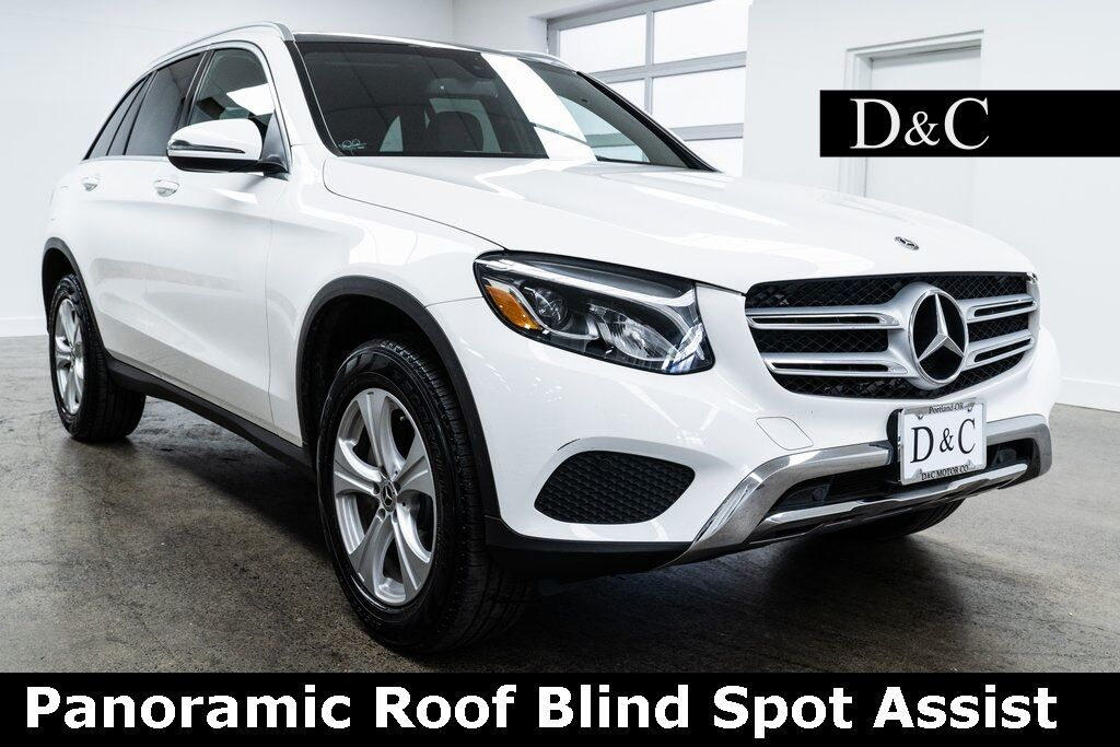 2018 Mercedes-Benz GLC GLC 300 4MATIC Panoramic Roof Blind Spot Assist Portland OR