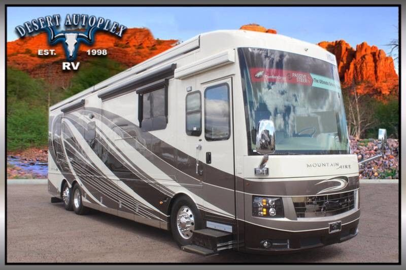 2018 Newmar Mountain Aire 4047 Full Wall Slide Class A
