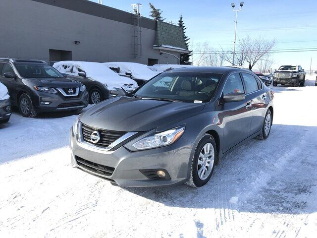 2018 Nissan Altima 2.5 | S | BACK UP CAM | BLUETOOTH *LOW PAYMENT* Calgary AB