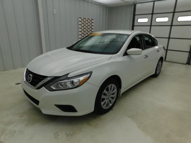 2018 Nissan Altima 2.5 S Sedan Manhattan KS