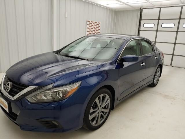 2018 Nissan Altima 2.5 SR Sedan Manhattan KS