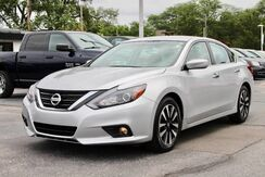 2018_Nissan_Altima_2.5 SV_ Fort Wayne Auburn and Kendallville IN