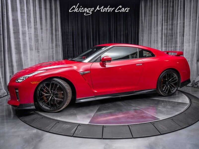 2018_Nissan_GT-R_Premium Coupe FACTORY TITANIUM EXHAUST!_ Chicago IL