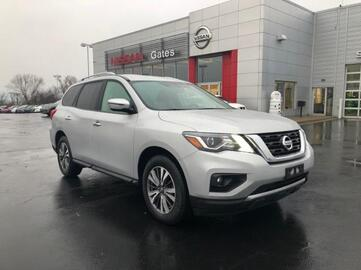 2018_Nissan_Pathfinder_4x4 SV_ Richmond KY