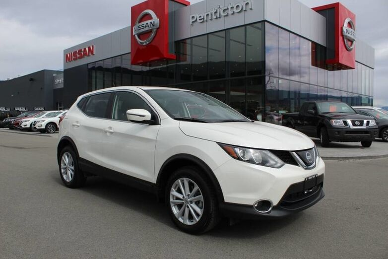 2018 Nissan Qashqai SV, Low Km's, No Accidents, Sunroof, and Heated Front Seats Kelowna BC