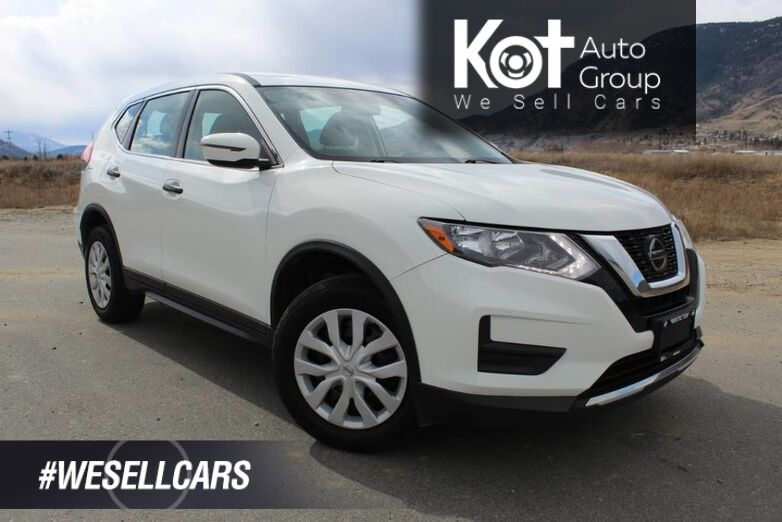 2018 Nissan Rogue S, Clean Carfax, Low Km's **Priced to Sell Quickly** Email for Details ! Kelowna BC